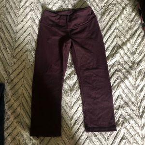 Lucy women's small crop leggings